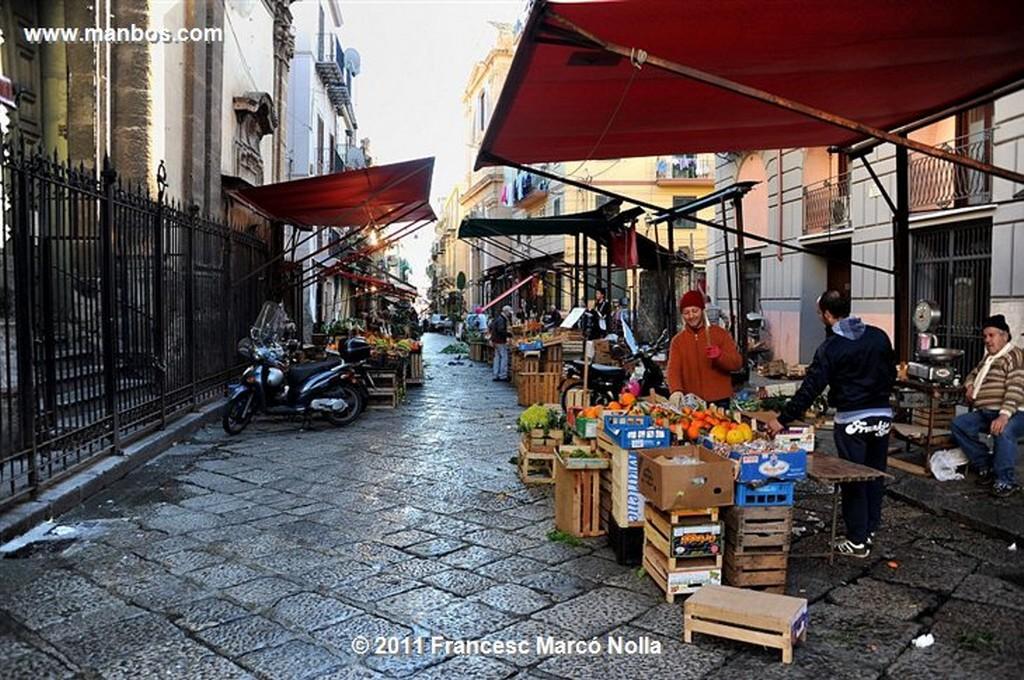 Palermo  Piazza Castellnuovo  Sicilia