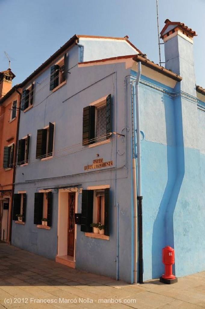 Burano Paseo por el Canal Venecia