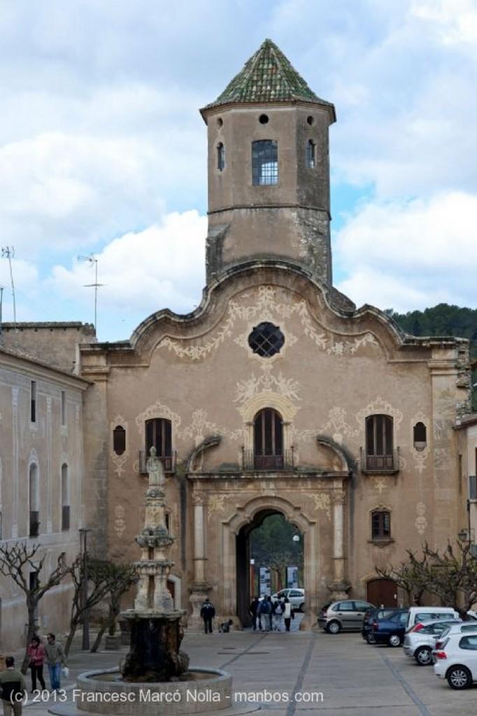 Monasterio de Santes Creus Moansterio Santes Creus Tarragona