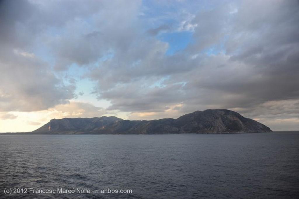 Islas Griegas Oscuros Nubarrones Dodecaneso