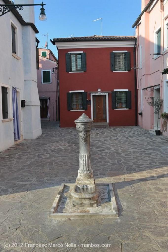 Burano  Artesania del Merletto Venecia