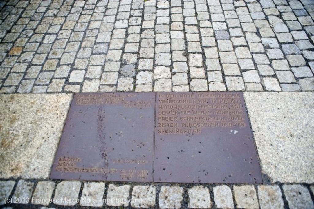 Berlin Monumento Nueva Guardia Berlin