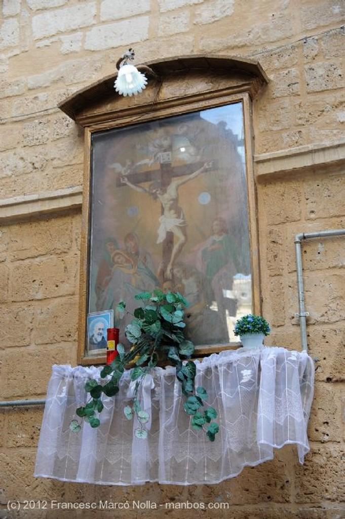 Bari Plaza San Nicolas Apulia