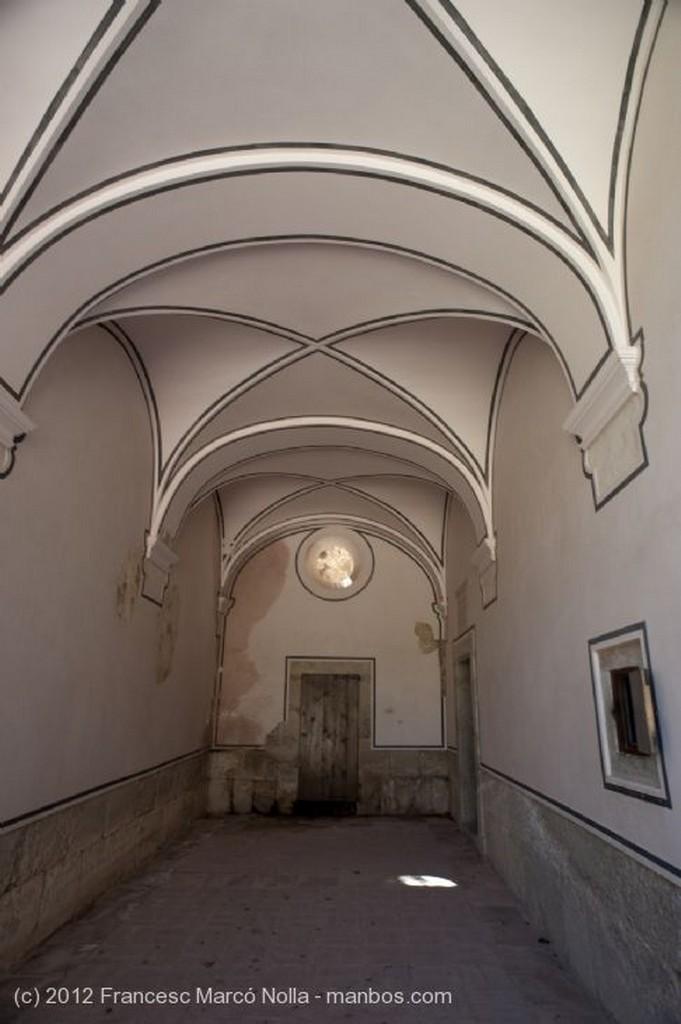 El Priorato Restos Patio Siglo XVI Tarragona