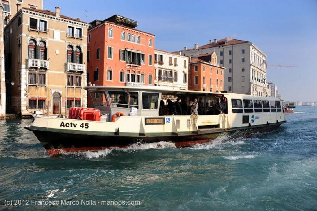 Venecia Mercado de Rialto El Veneto