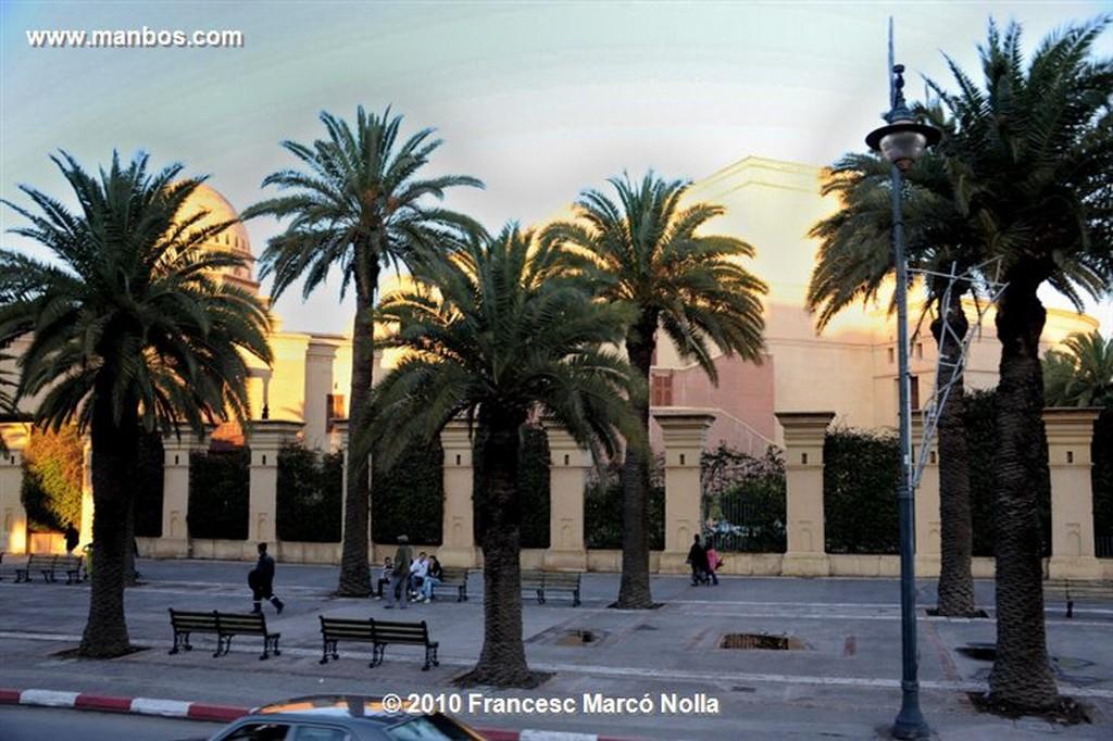 Marruecos  minarete mezquita koutoubia- marrakech Marruecos