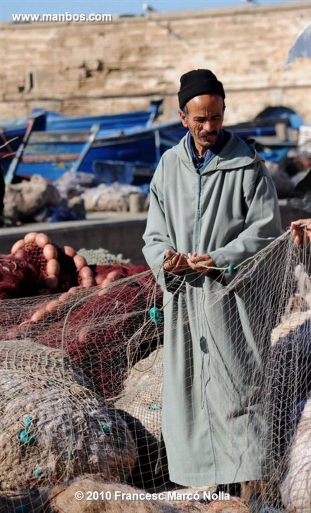 Marruecos  antiguas defensas del puerto- esaouira Marruecos