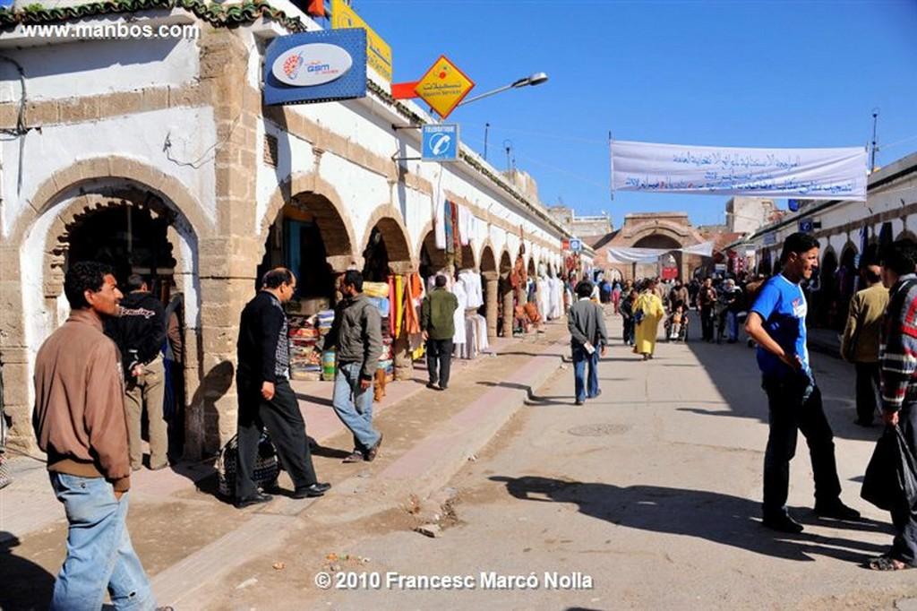 Marruecos  terrazas en la plaza- esaouira Marruecos