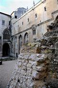 Palacio de Los Papas , Avignon , Francia