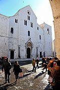 Camara NIKON D700 Iglesia San Nicolas Crucero a Jerusalen BARI Foto: 28933