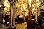 Camara NIKON D700 Cripta de la Catedral Crucero a Jerusalen BARI Foto: 28923