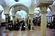 Foto de Bari, Iglesia San Nicolas Bari, Italia - Cripta de la Iglesia