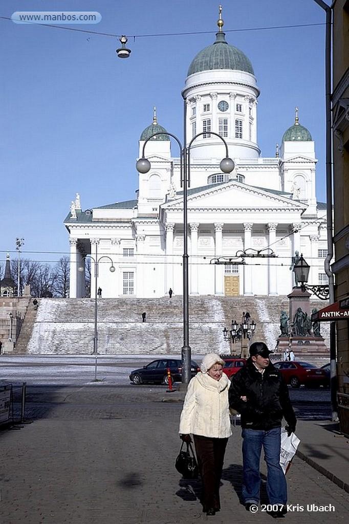 Foto de Helsinki, Catedral Luterana, Finlandia - Catedral Luterana en plaza del senado