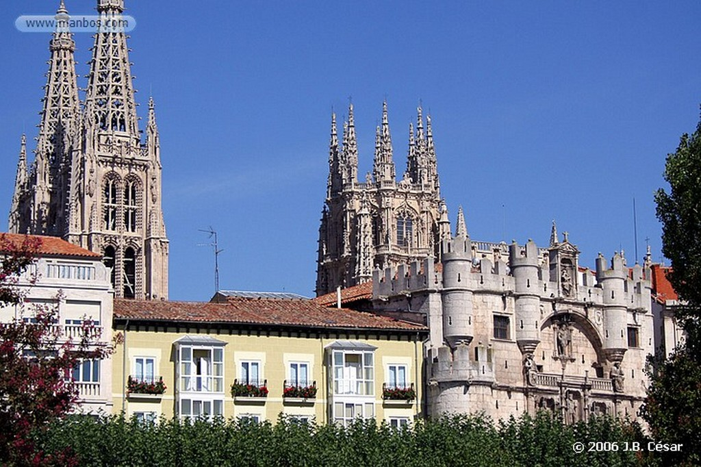 Burgos Teatro principal y Estatua del Cid Burgos