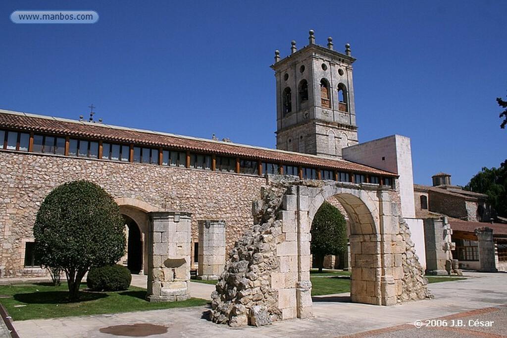 Burgos Hospital del Rey / Universidad de Burgos - Faculdad de derecho Burgos