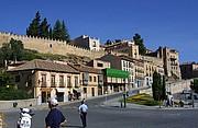 Foto de Segovia, Plaza de la Artilleria, España - Plaza de la Artillería y calle de San Juan