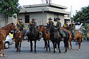 Camara Sony CyberShot DSC-R1 Carabineros (policía a caballo) Francisco Javier Cillero Corral MEDELLÍN Foto: 10077
