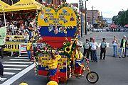 Camara Sony CyberShot DSC-R1 Desfile de silleteros (Bandera de Colombia) Francisco Javier Cillero Corral MEDELLÍN Foto: 10076