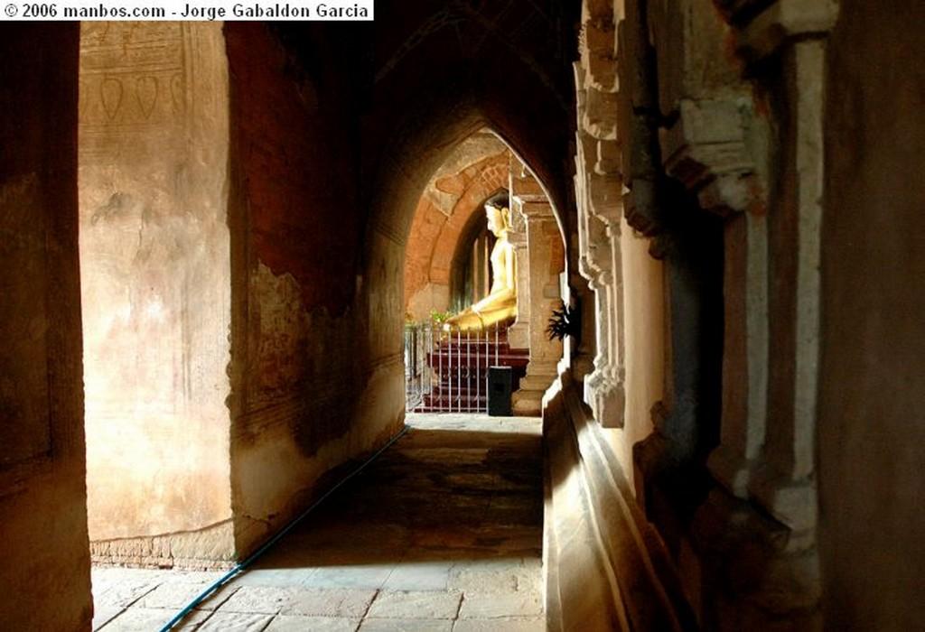 Bagan La hora de la comida Bagan