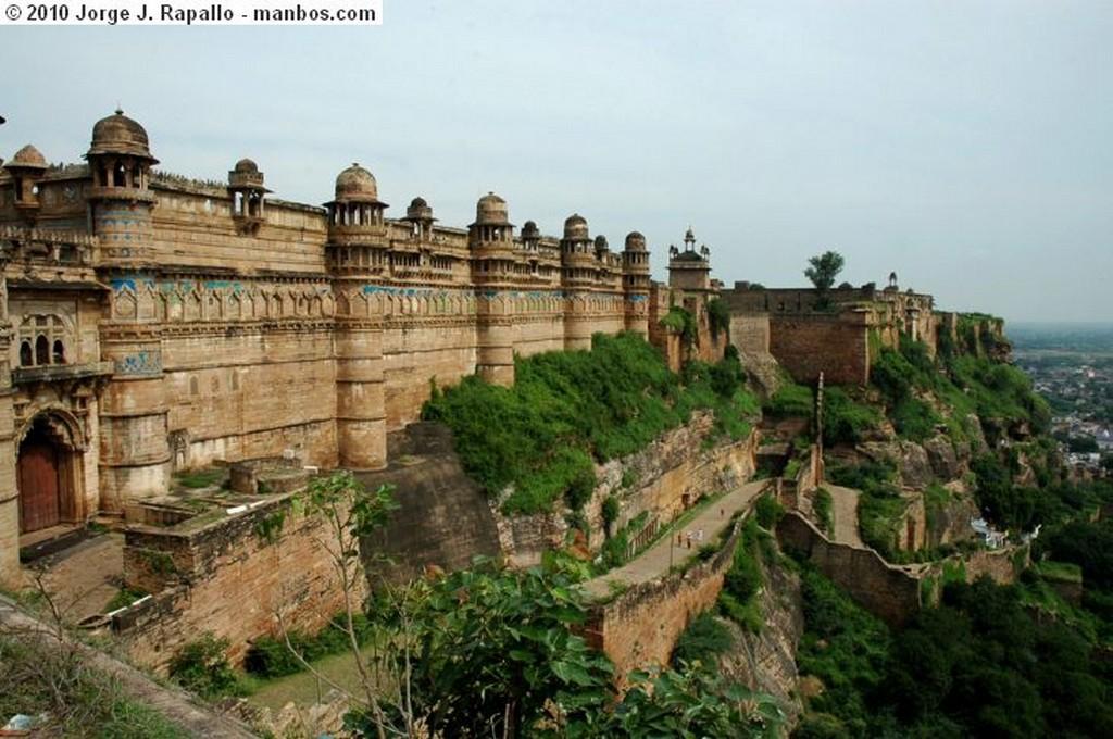 New Delhi Los sij Gwualior