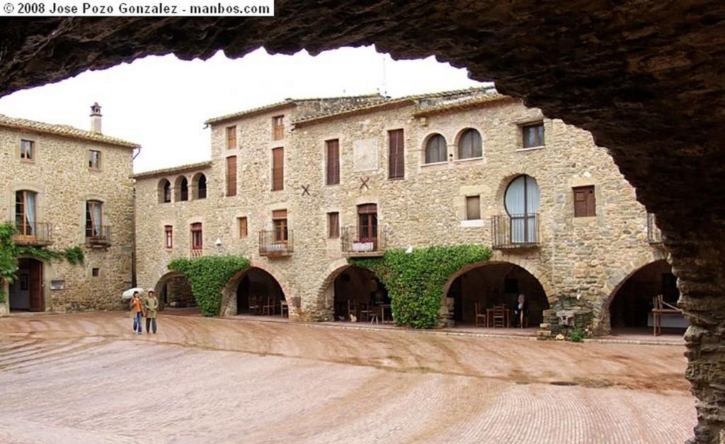 Monells Plaza Jaume I Girona