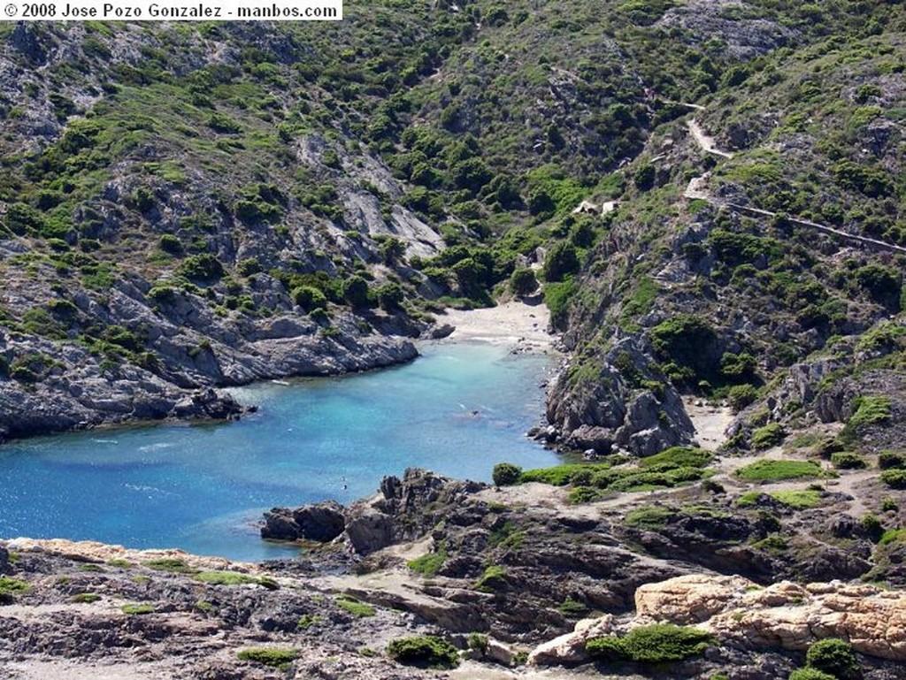 Portlligat Barcas Gerona