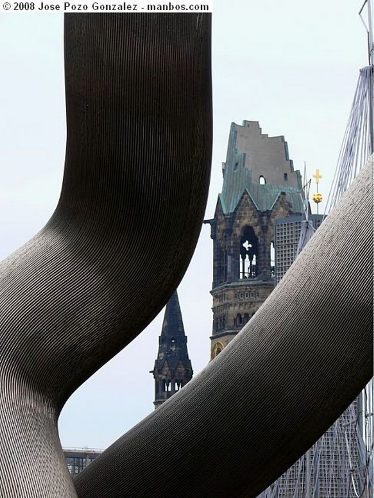 Berlin Escultura de Eduardo Chillida Berlin