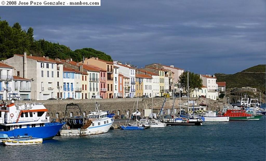 Narbonne Promenade des Barques Languedoc Roussillon