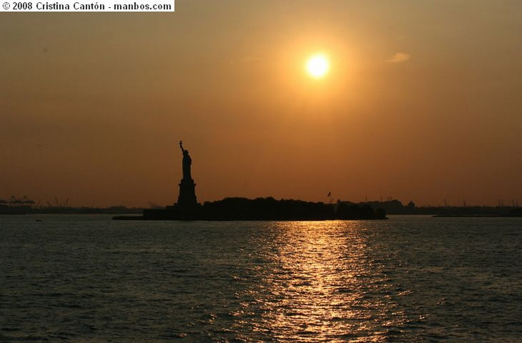 Nueva York Skyline at night Nueva York