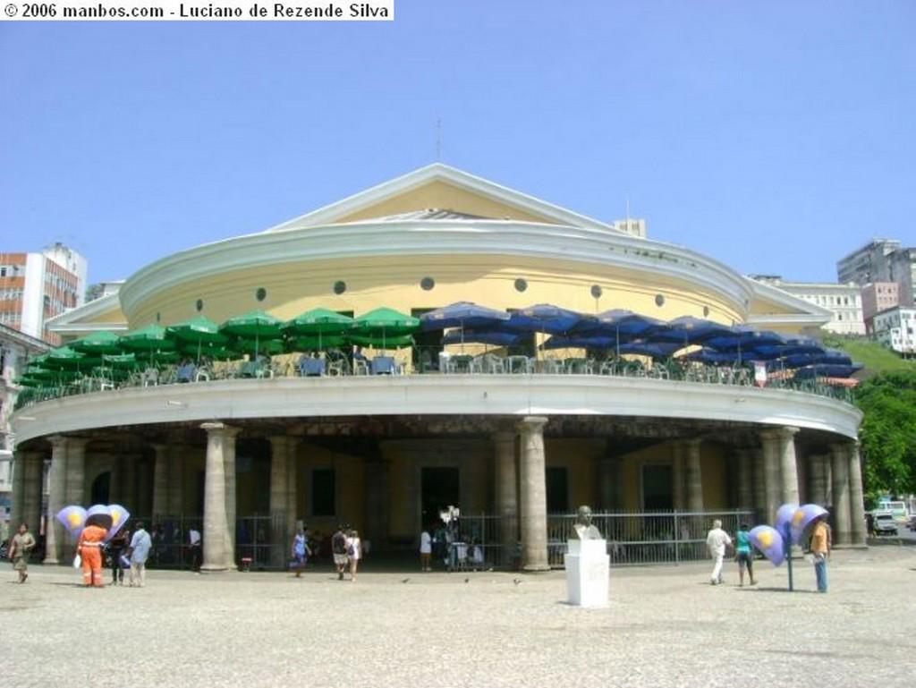 Salvador Borde marítimo del Barra Bahia