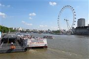 Photo of London, London Eye, United Kingdom - City Cruises por el Tamesis Londres