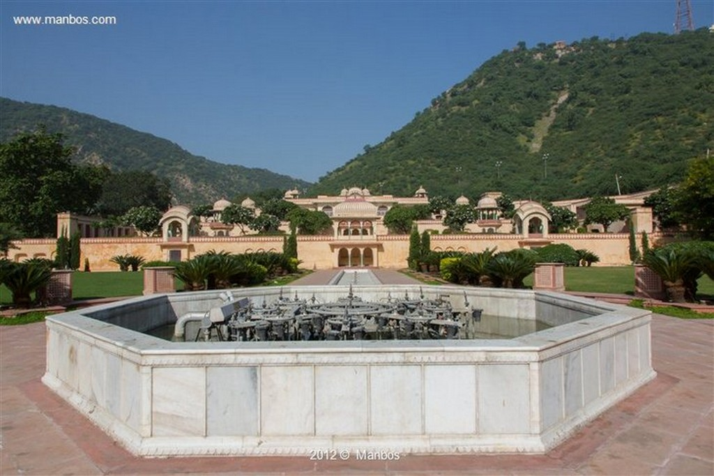Jaipur Sisodia Rani Garden Rajastan