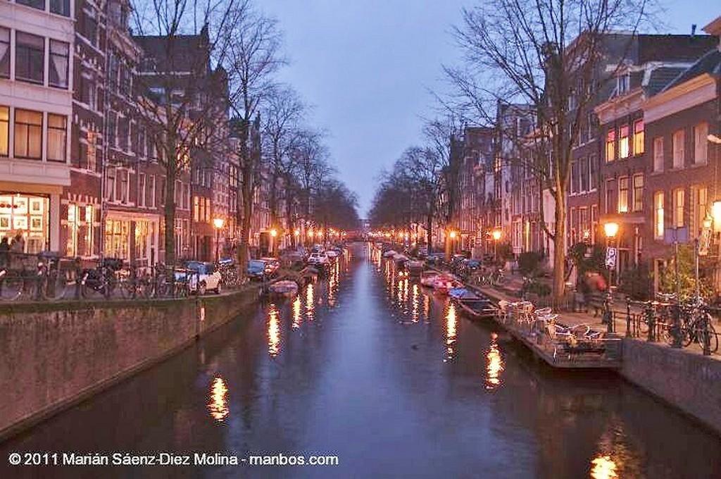 Amsterdam Los canales de noche Amsterdam