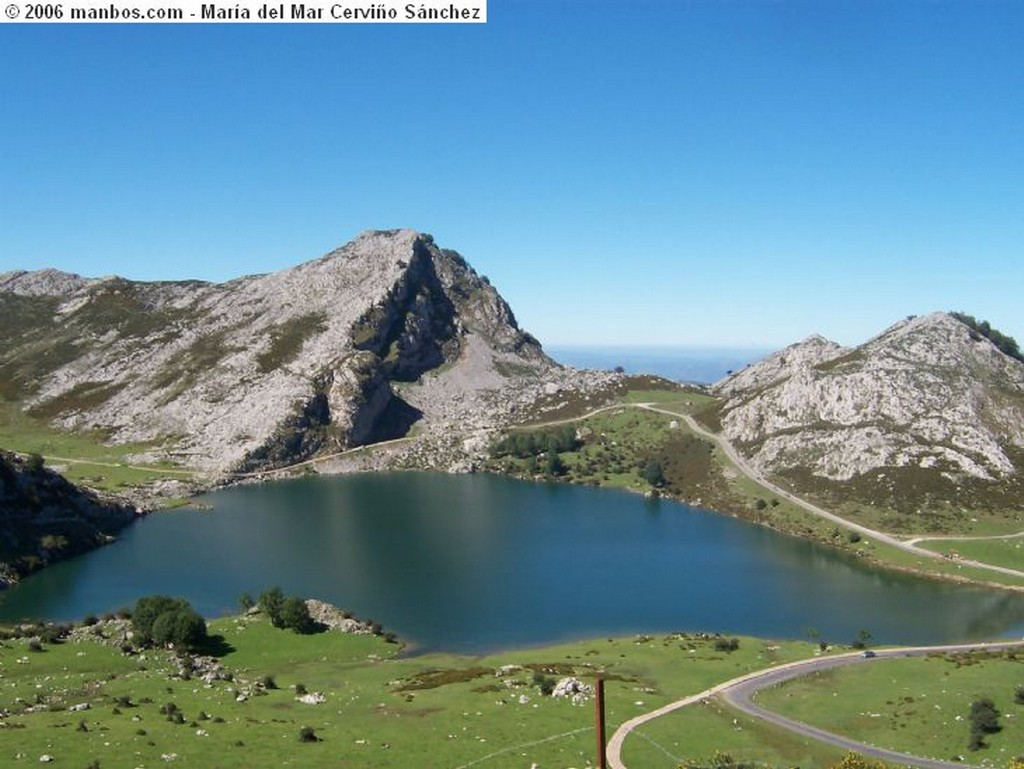 Lagos de Covadonga Lago Ercina Asturias