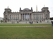 Camera FinePix S3300 Reichstag  Parlamento Emilio Gomez Gallery BERLIN Photo: 27595