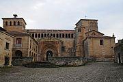 Camara Nikon D300 La Colegiata Alfonso Abad Garcia SANTILLANA DEL MAR Foto: 17892