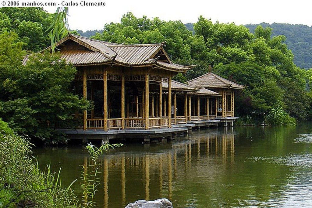 Photo of Hangzhou, China - Lago Oeste-Xi Hu