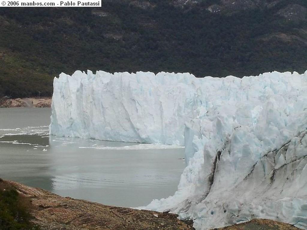 Calafate Sumidero sobre el Glaciar Calafate