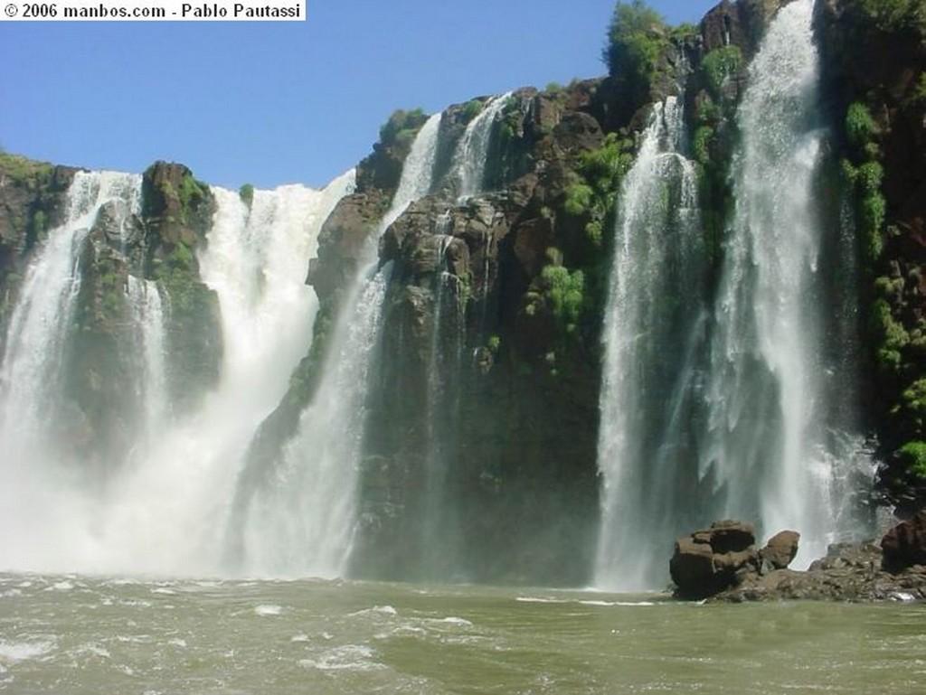 Puerto Iguazu Cataratas del Iguazu Misiones
