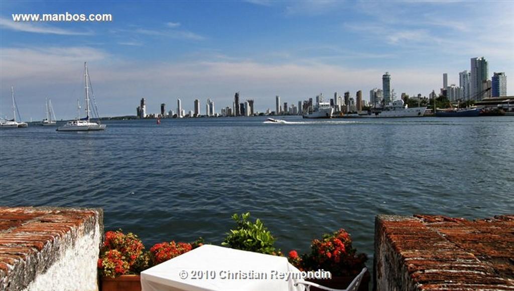 Cartagena  Escultura de San Pedro Claver Cartagena  Bolivar