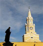 Pedro de Heredia Con La Puerta del Reloj , Cartagena , Colombia