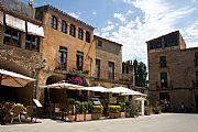 Baix Emporda, Peratallada, España