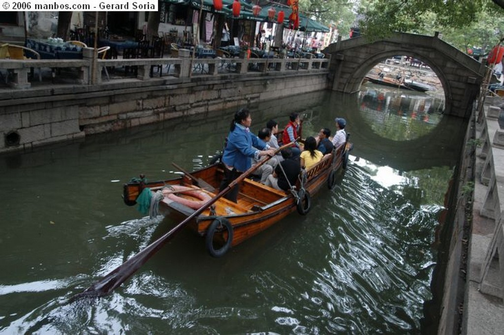 Tongli Pescar con Cormoranes Shanghai