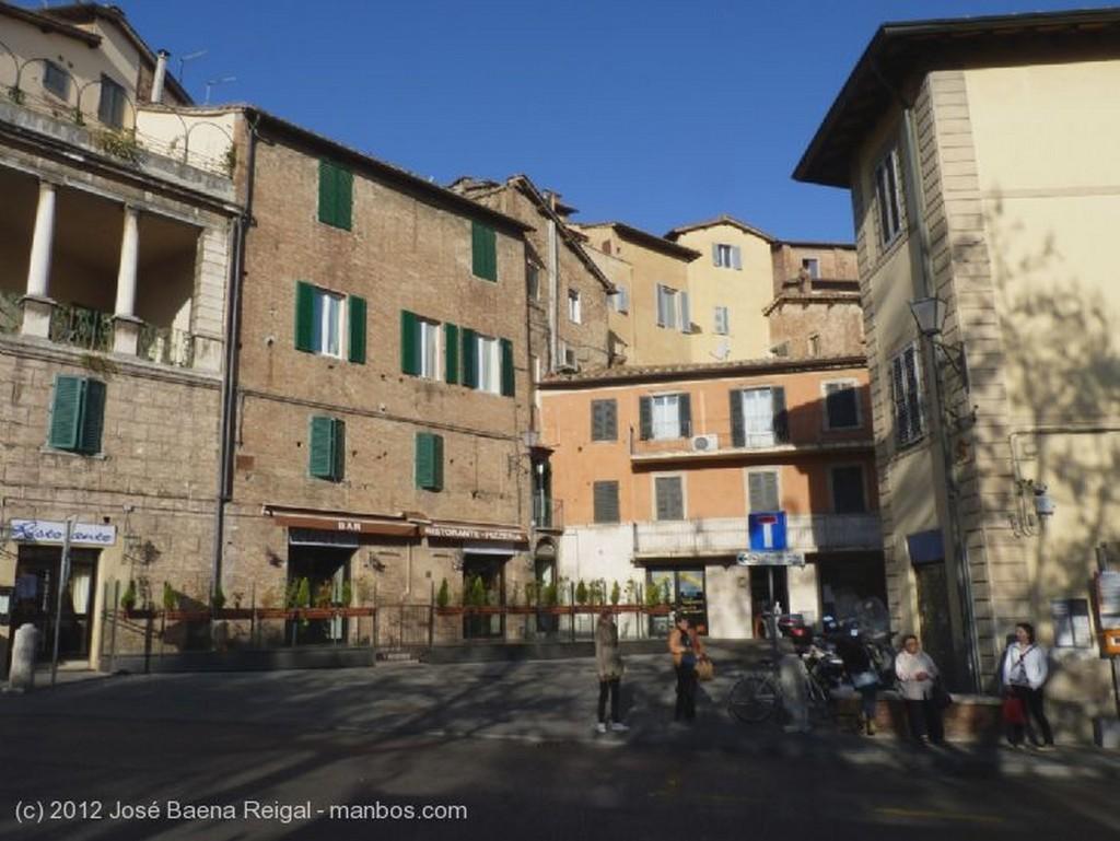 Siena Colina sienesa Toscana