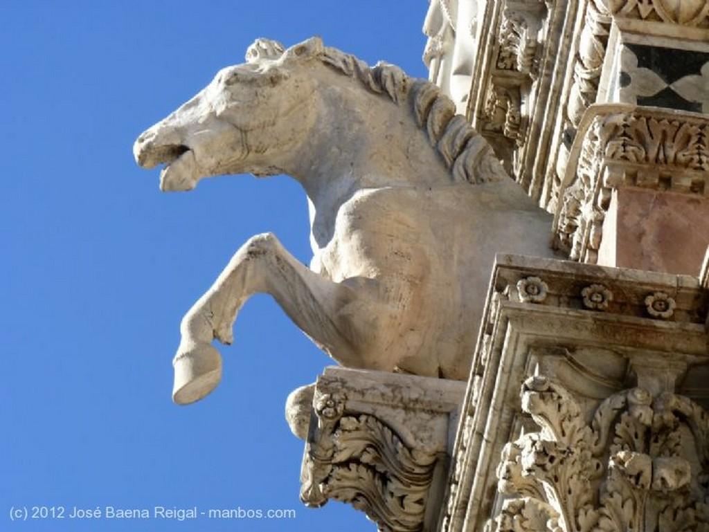 Siena Pasmo de los siglos Toscana