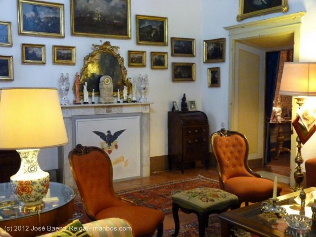 Volterra Retratos de familia Pisa