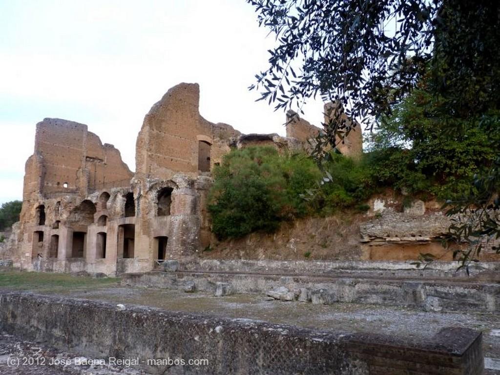 Villa Adriana Gran Terma Roma