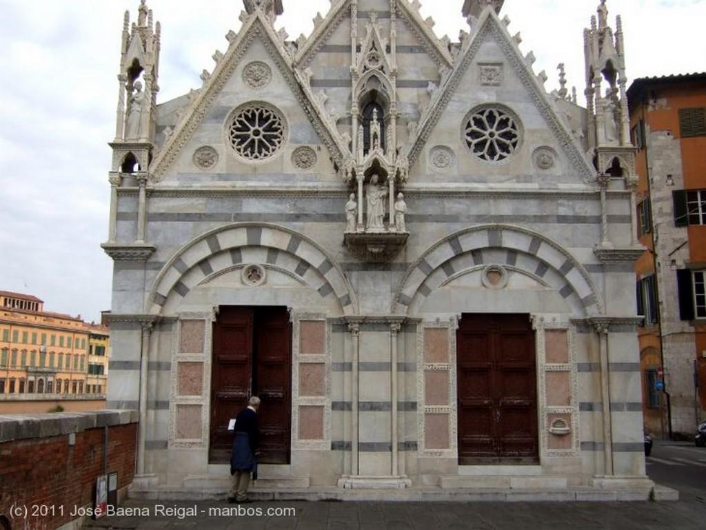 Pisa El Arno y Santa Mª della Spina Toscana