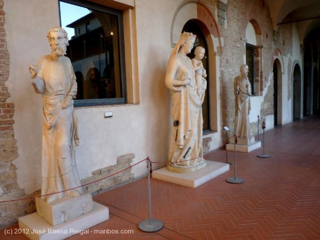 Pisa Arcos peraltados Toscana