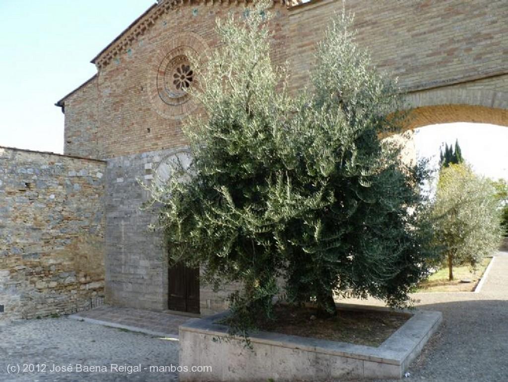 San Gimignano Hospederia de San Girolamo Siena